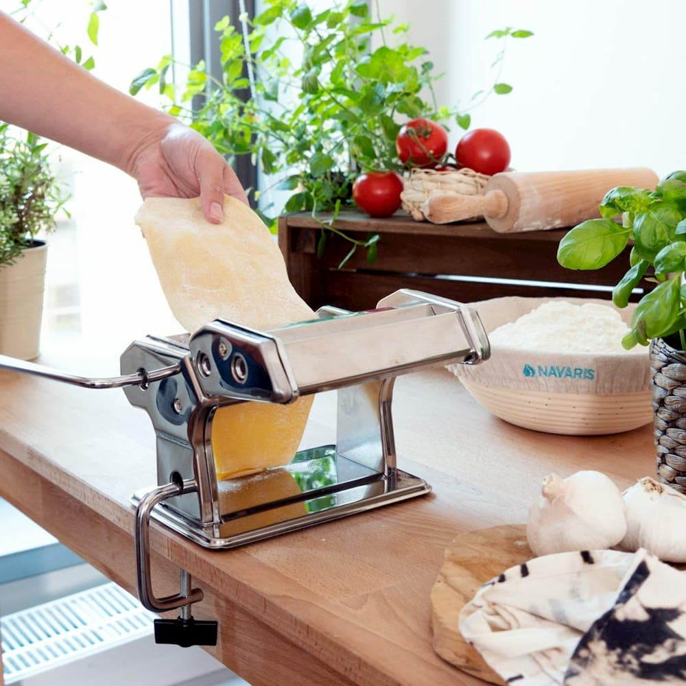 Maquina de hacer pasta navaris